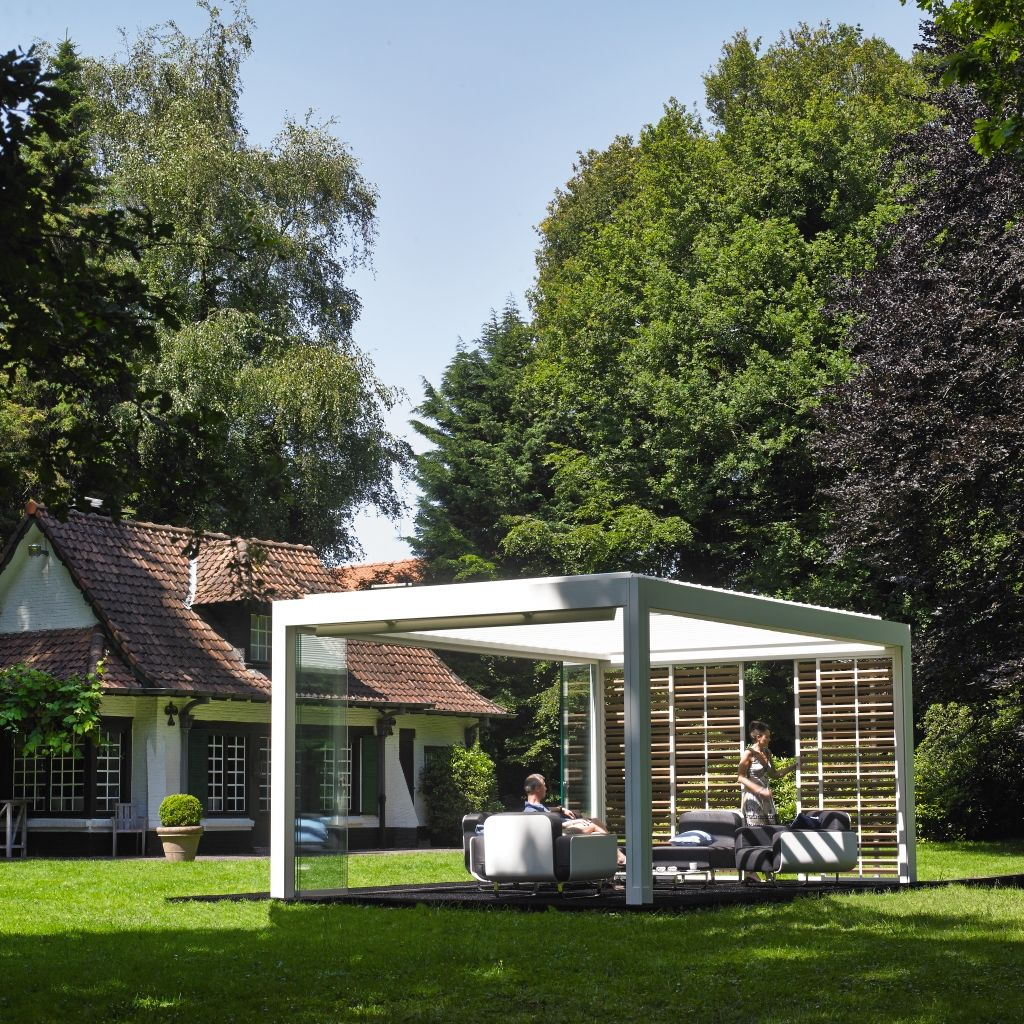 camargue by renson pergola renson outdoor ernest x renson pinterest verandas and gardens. Black Bedroom Furniture Sets. Home Design Ideas