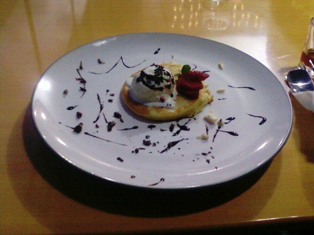 Vanilla Ice Cream Pancake
