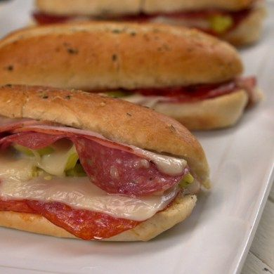 Hot Italian Sandwiches #sandwichrecipes