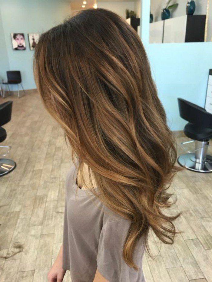 Balayage blond ou caramel pour vos cheveux ch tains coiffures cheveux et couleur cheveux - Meche caramel sur brune ...