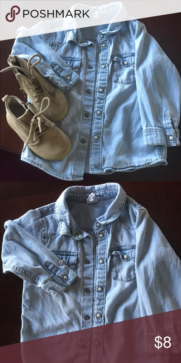 H&M toddler boy light denim shirt Excellent worn condition light denim shirt Shirts & Tops Button Down Shirts