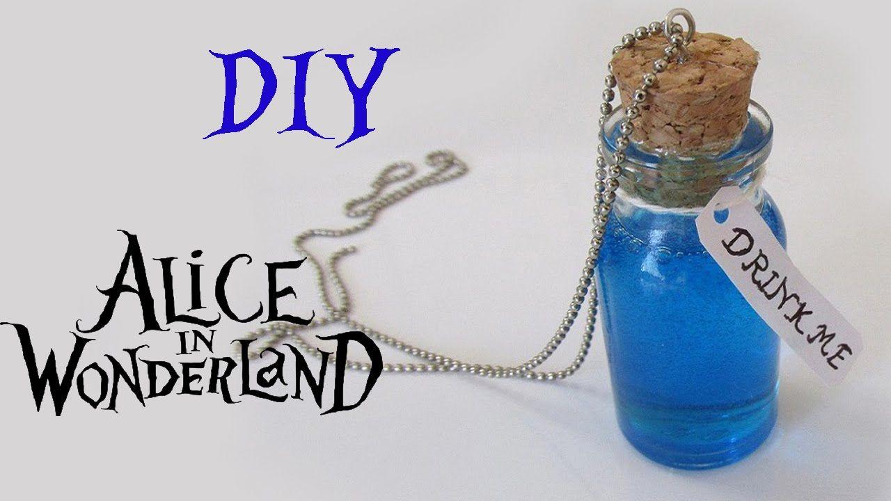 "DIY: Poção ""Drink Me"" Alice no País das Maravilhas (Bottle Charm Alice in Wonderland)"