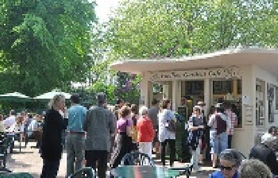 queing-customers Pavilion Gardens  Cafe