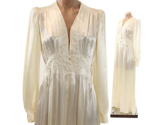 40s Ivory Silk Robe Dressing Gown Floral Quilted Puff