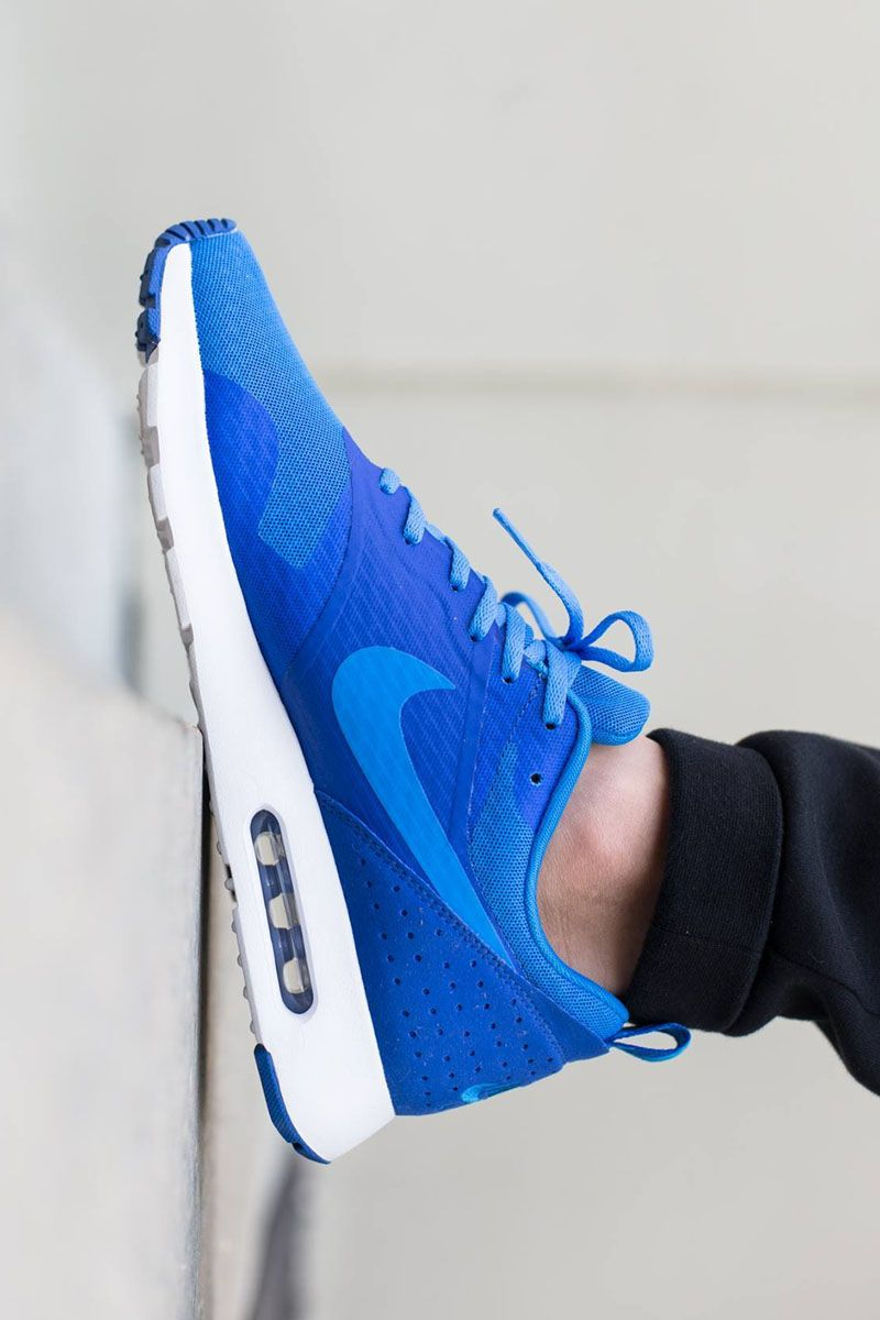 Nike Air Max Tavas: Royal Blue | Nike shoes cheap, Nike free