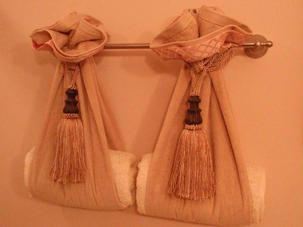 Pin By Gypsy Del On Bathroom Ideas Pinterest - Peach bath towels for small bathroom ideas