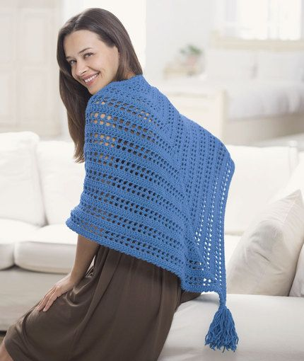 Crochet Triangle Shawl / free from Red Heart   Crochet shawls, wraps ...