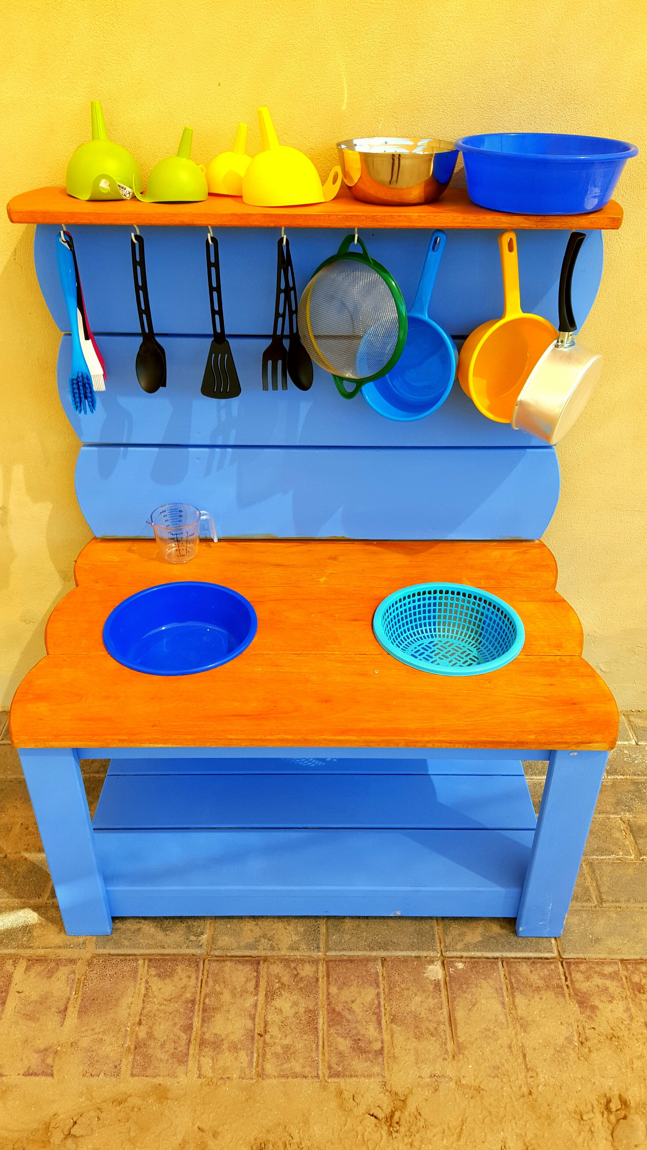 Our new mud kitchen for sensory play and learning. Read more about Sensory Play and Learning here on our nursery blog.