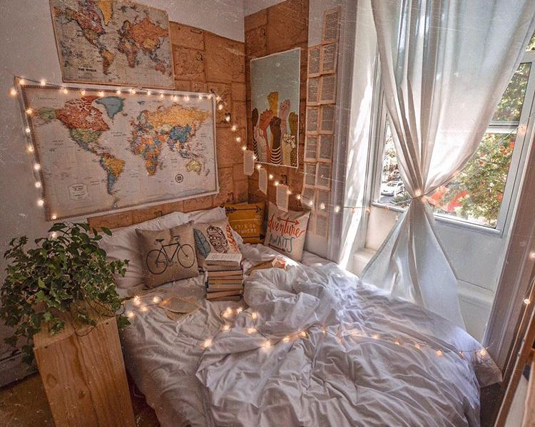Pin By Angela On Bedroom Inspo Aesthetic Bedroom Cozy Room Decor Cool Rooms