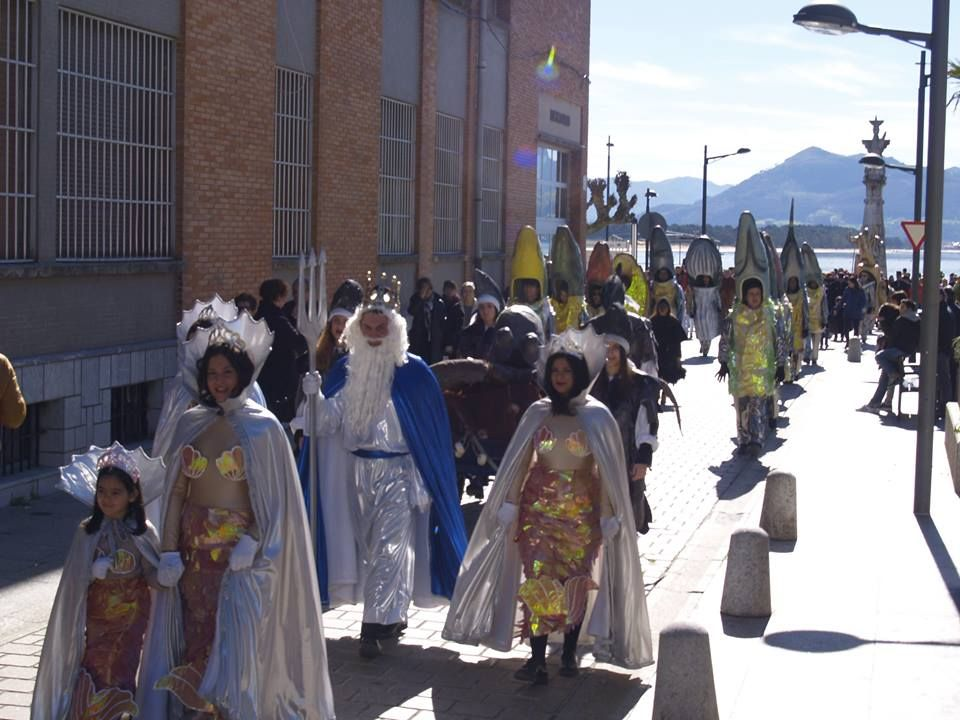 Apresamiento del Reo en el pasaje.  En Carnavales... ¡Santoña te espera!