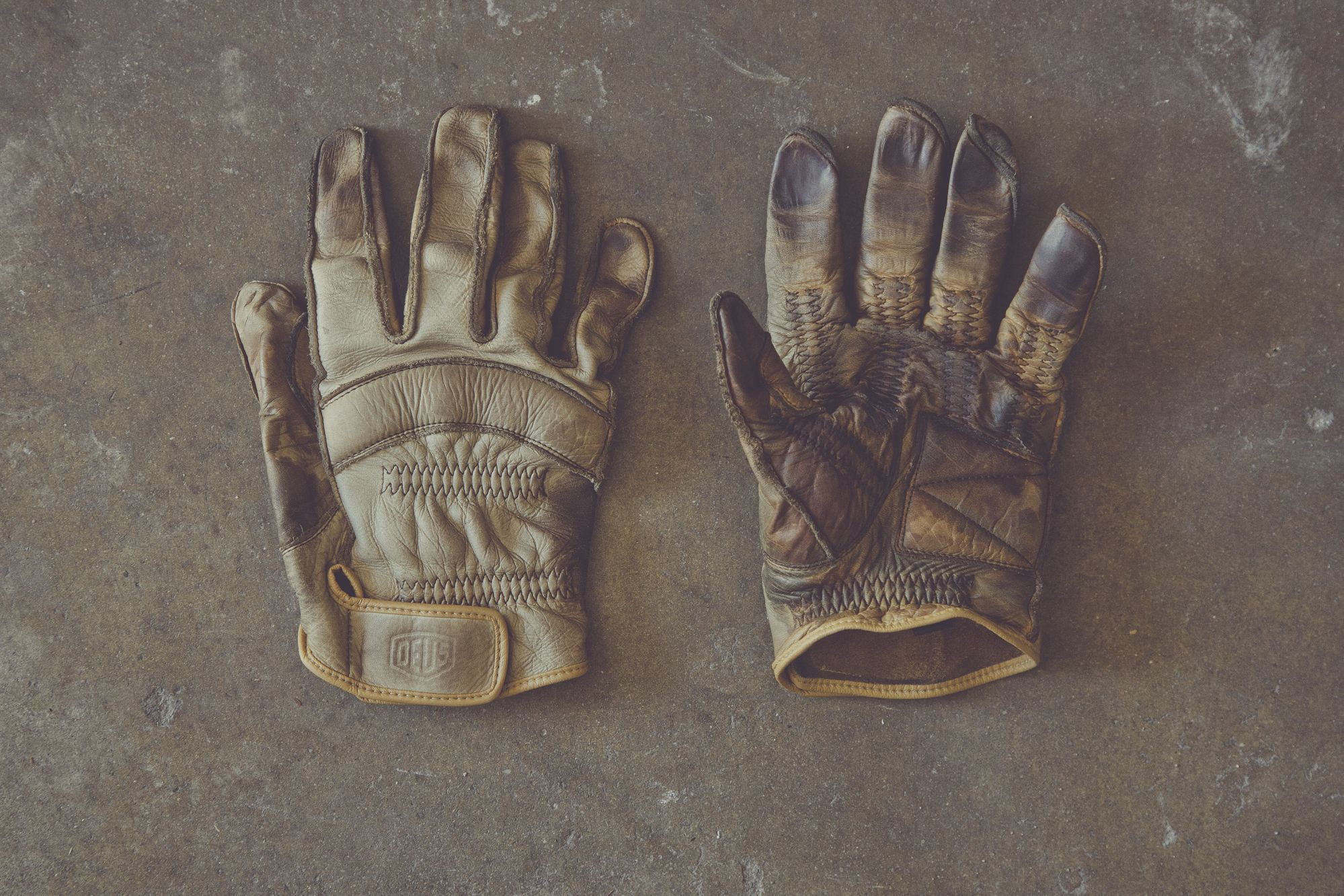 Japanese leather motorcycle gloves - Deux Es Machina Motorcycle Gloves Handcrafted In Japan From Napa Leather