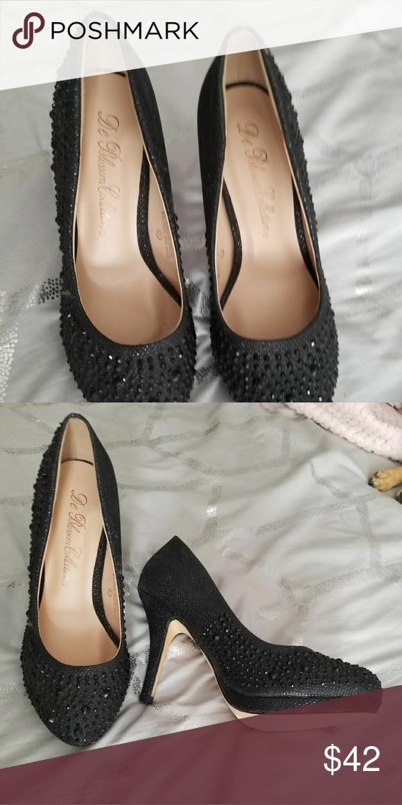 Women's gorgeous heels Black heels with