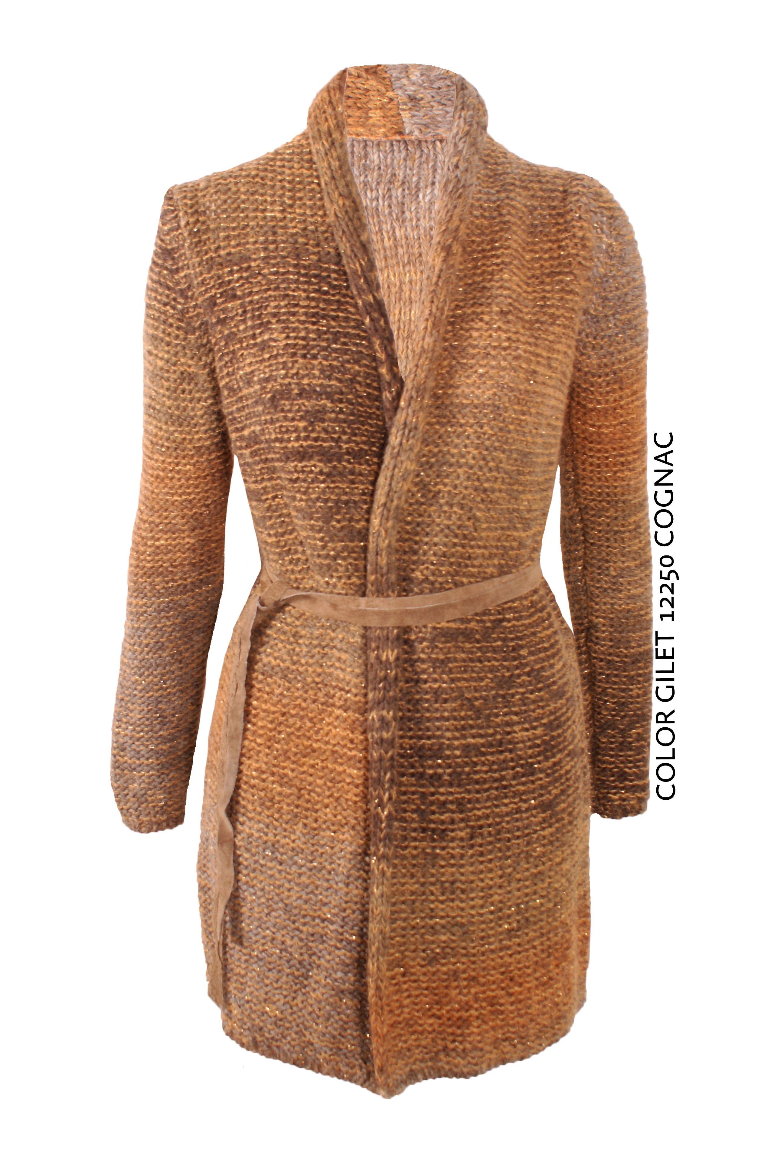Color Gilet 12250 Cognac von KD Klaus Dilkrath #kdklausdilkrath #kd #dilkrath #kd12 #outfit #jacket #color #gilet #cognac #cozy