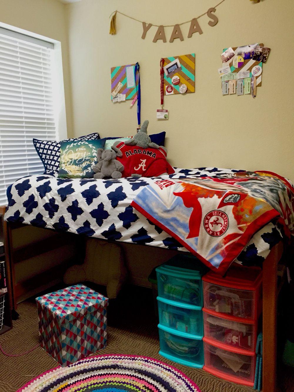 Ridgecrest West University Of Alabama College Dorm Room