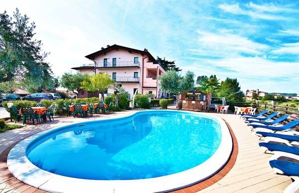 Residence Bellavista Manerba Del Garda Gardameer Appartementen Vakantie