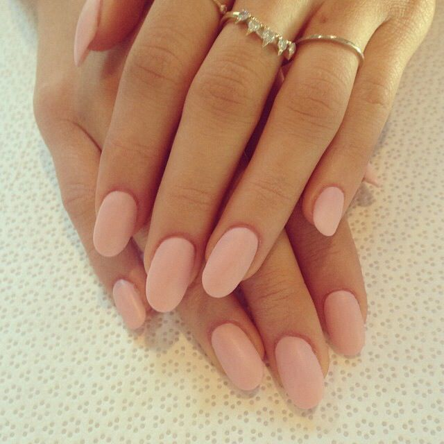nails - pale pink round nails | nails | Pinterest