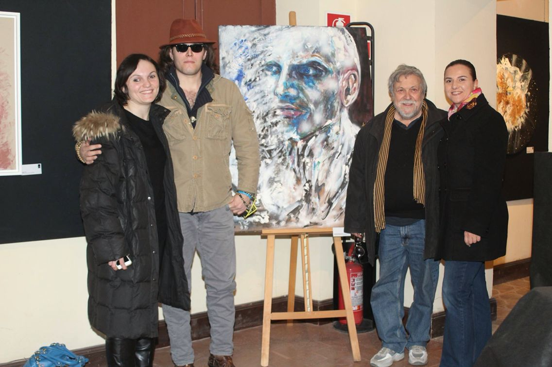 Gianni testa con la giornalista Francesca Nanni con chiara testa ( coordinatrice ) e L amico artista Daniele Bongiovanni !