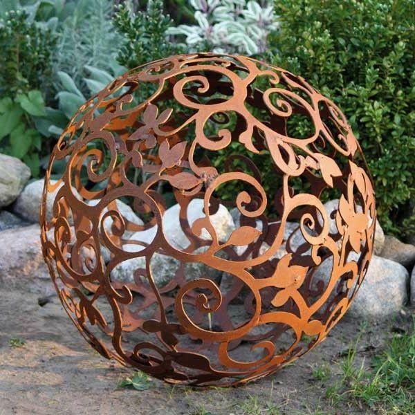 Gartendeko Aus Rost Coole Beispiele Metall Gartenskulpturen Rost Deko Garten Schrottplatzkunst