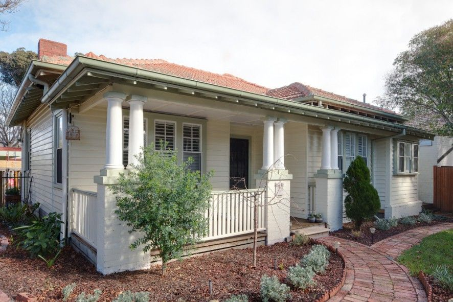 The Californian Bungalow Became Widespread In Australia Between The Two World Wars And Is