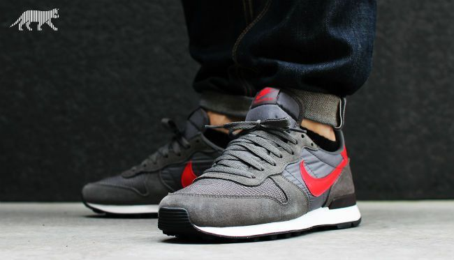the best attitude cf024 abda2 Nike Internationalist Retro 2014 - Tags  sneakers, low-tops, gray, red
