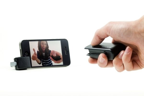 The iPhone Shutter Remote by Photojojo