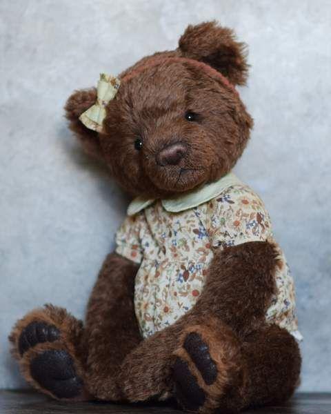 Taffy Bear Girl By Tatyana Khoroshun - Bear Pile