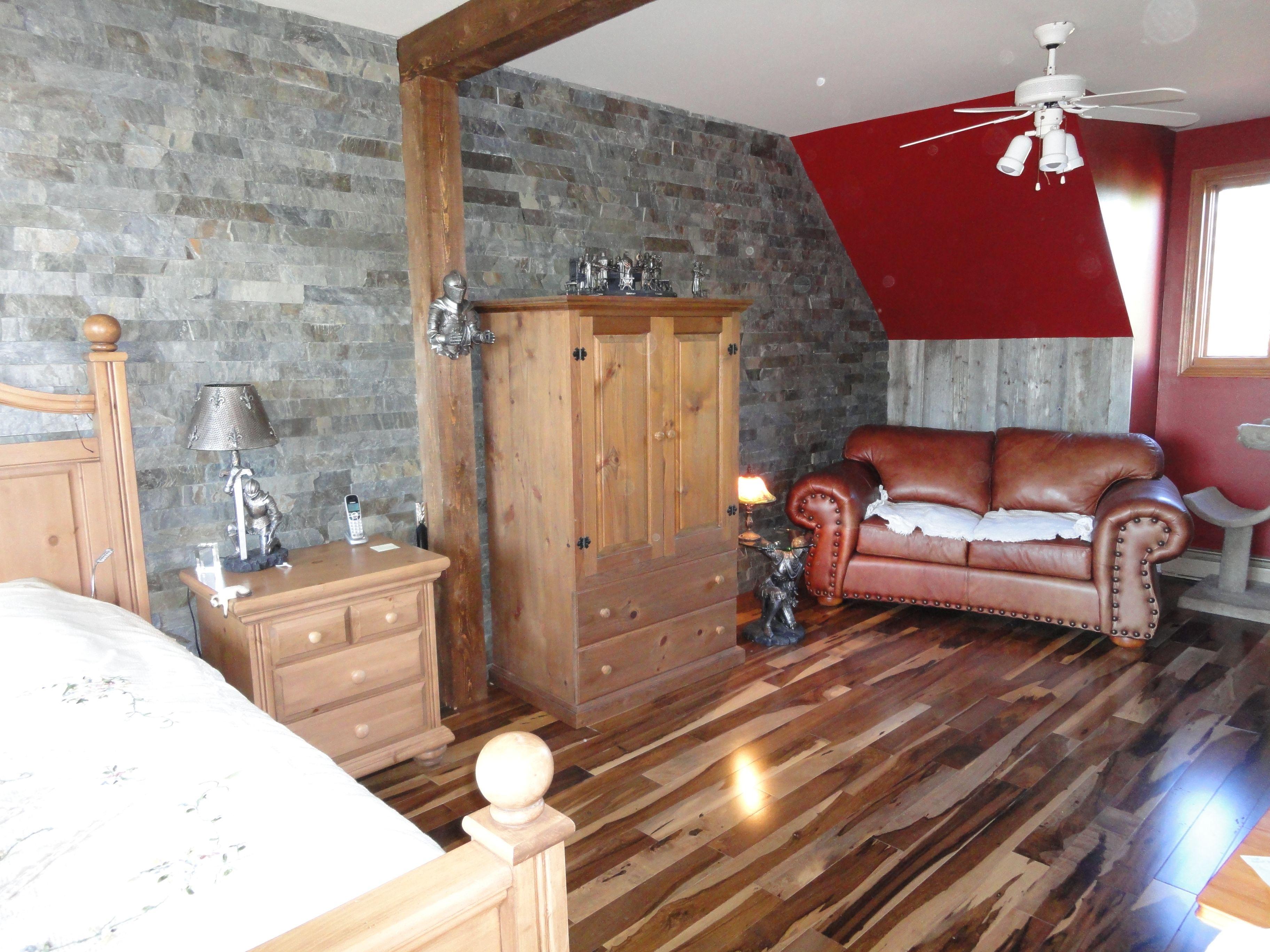 Rénovation de ma chambre à coucher en ardoise et bois de grange