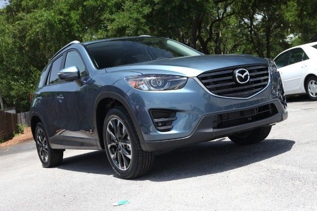 Looking For A Safe And Affordable Suv Check Out The 2016 Mazda Cx 5 The Insurance Institute For Highway Safety Ihhs Gave Affordable Suv Mazda Car Detailing