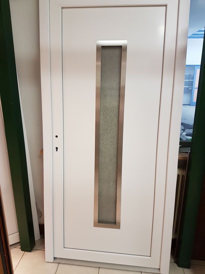 Günstige Haustüren Im Abverkauf. #Aluhaustür #entrydoor #Hausbau #entrance  #entrydoor #