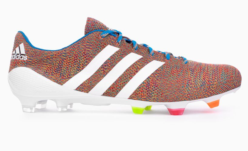 Pautas Aparador Lluvioso  adidas launches samba primeknit - the world's first knitted football boot |  Soccer boots, Football boots, Soccer shoes
