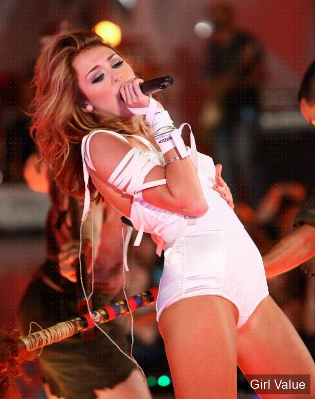 miley cyrus live at mmva muchmusic video