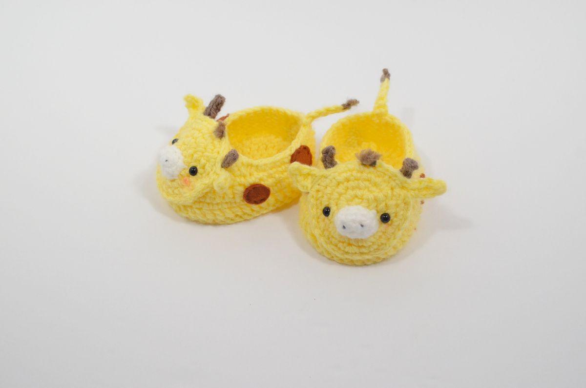 Giraffe Baby Booties | zapatos | Pinterest | Zapatos
