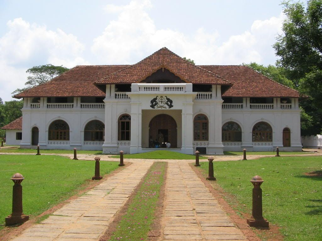15 Majestic Palaces In India That Redefine The Word 'Grand' - Bolgatty Palace, Mulavukad, Kerala