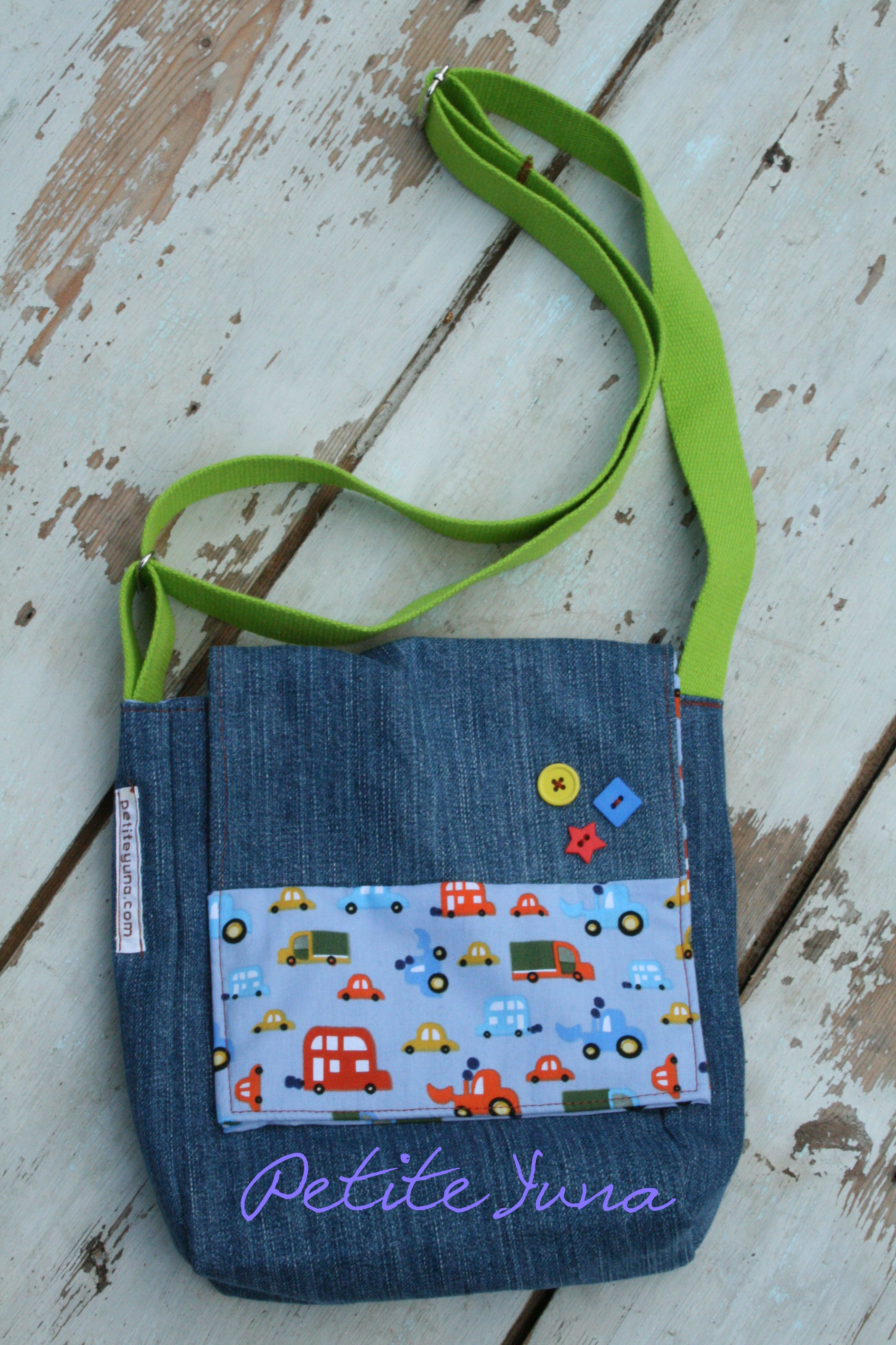 Img 8030 confection de sacs trousses mallettes et autres pochettes pinterest petits - Tuto sac besace bandouliere ...