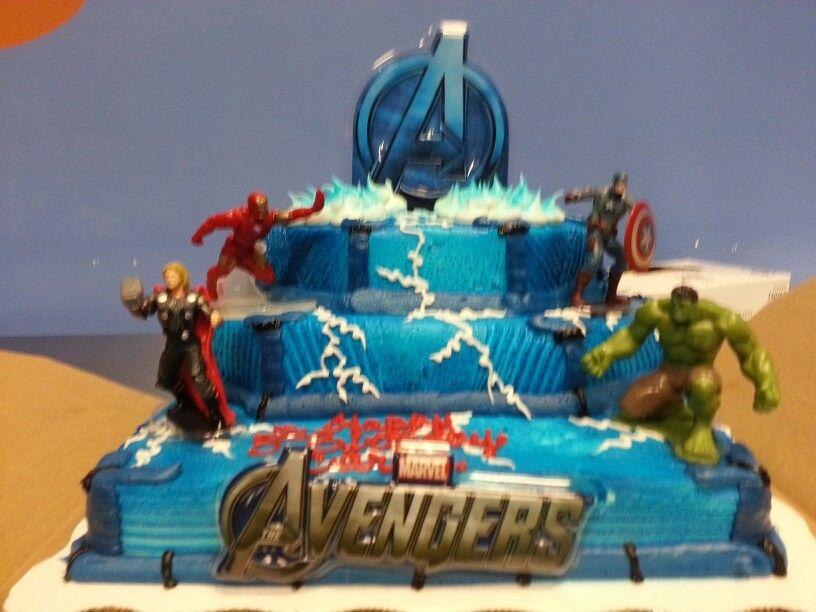 Carlos 5th Birthday Party Avengers Cake From Walmartnot Too Expensive And It Was Tasty