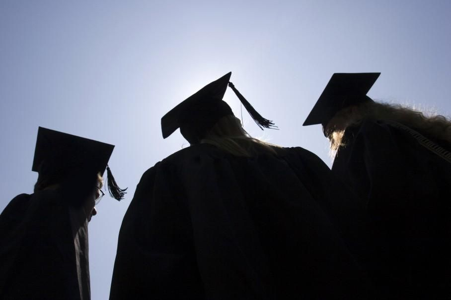 More than 4 out of 5 students graduate without a job. How could colleges change that... https://plus.google.com/103970037124326974219/posts/7SRAHGUvEU7 …