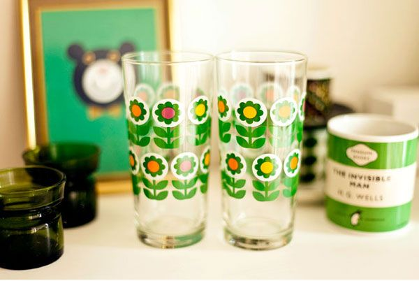 commonkitchen: tall glasses with flower print #5