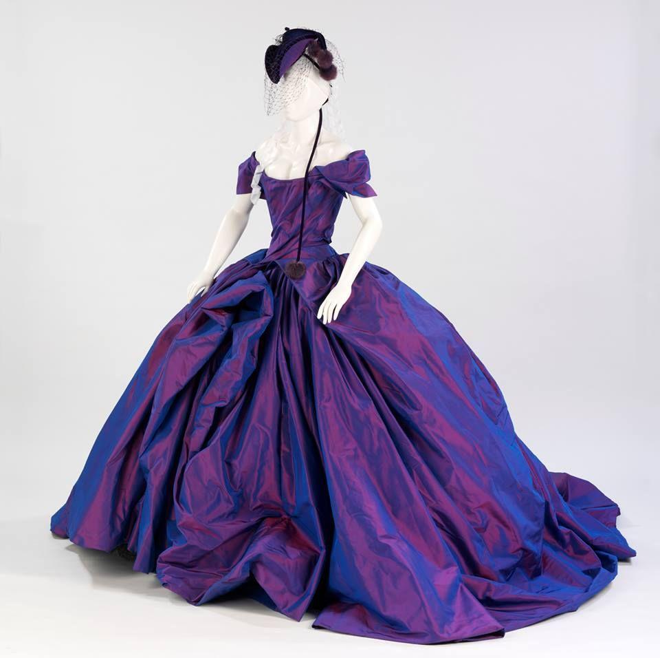 Vivienne westwood wedding dress  Vivienne Westwoodus Bird of Paradise dress worn by Dita Von Teese