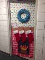 40 Simple DIY Christmas Door Decorations For Home And School #christmasdoordecorationsforschool 40 Simple DIY Christmas Door Decorations For Home And School (11) #christmasdoordecorationsforschool