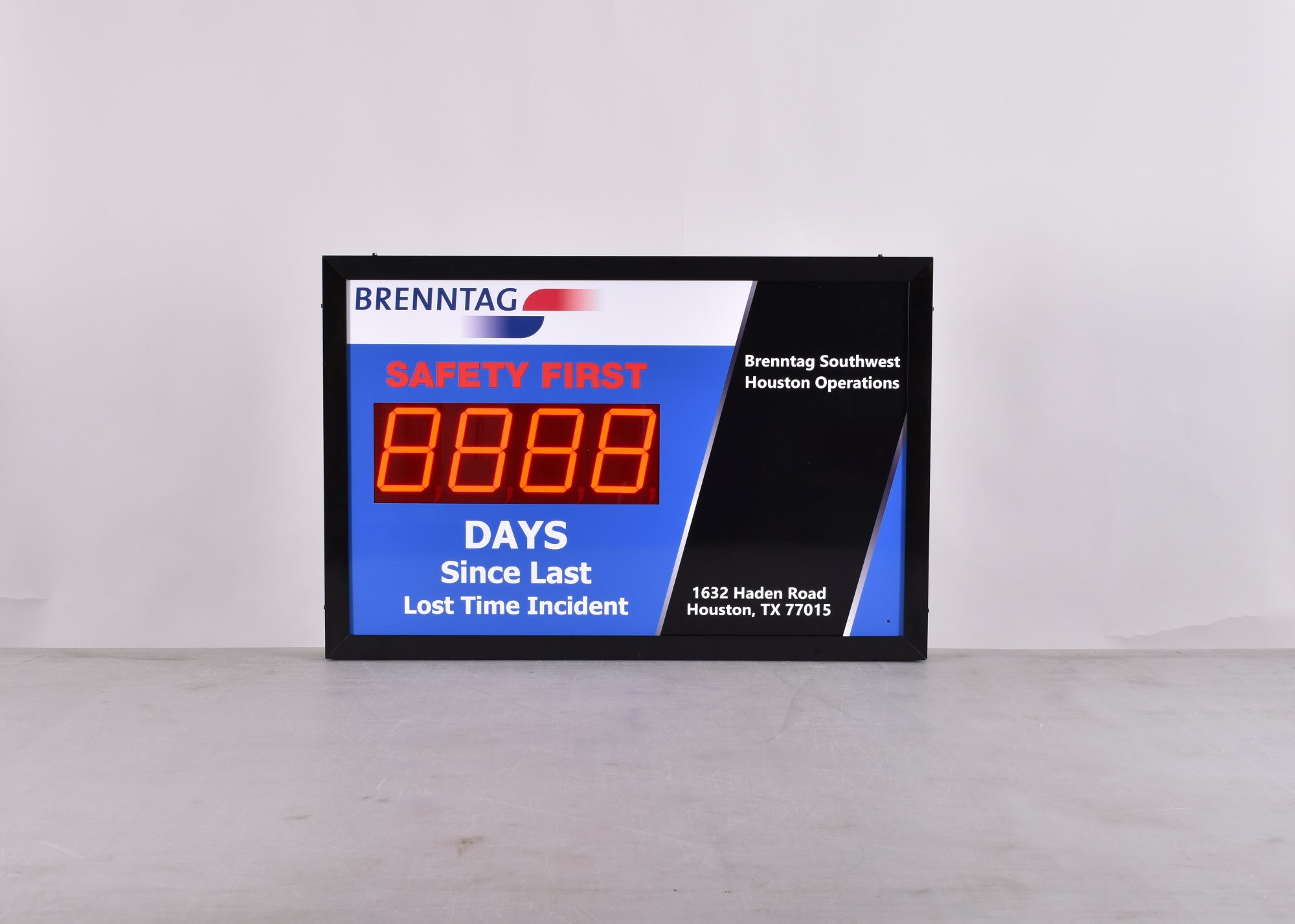 Days Without Accident Sign with Large Display (24Hx36W