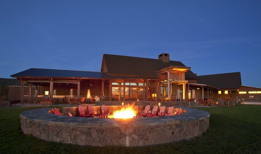 Bend oregon weddings venues range restaurant bar