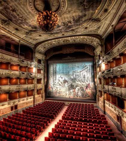 La Stagione 2013/2014 del Teatro della Pergola di Firenze