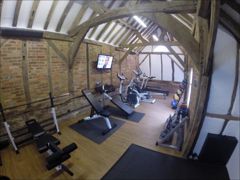 Gym In Barn Farmhouse Remodel Gym Room At Home Pole Barn Gym