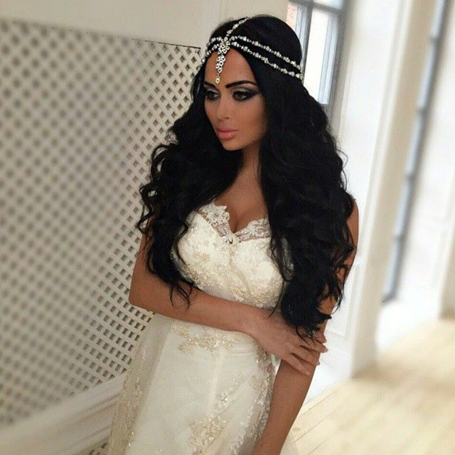 Arabic Hairstyles For Weddings: Makeup, Hair, And Beauty Ideas