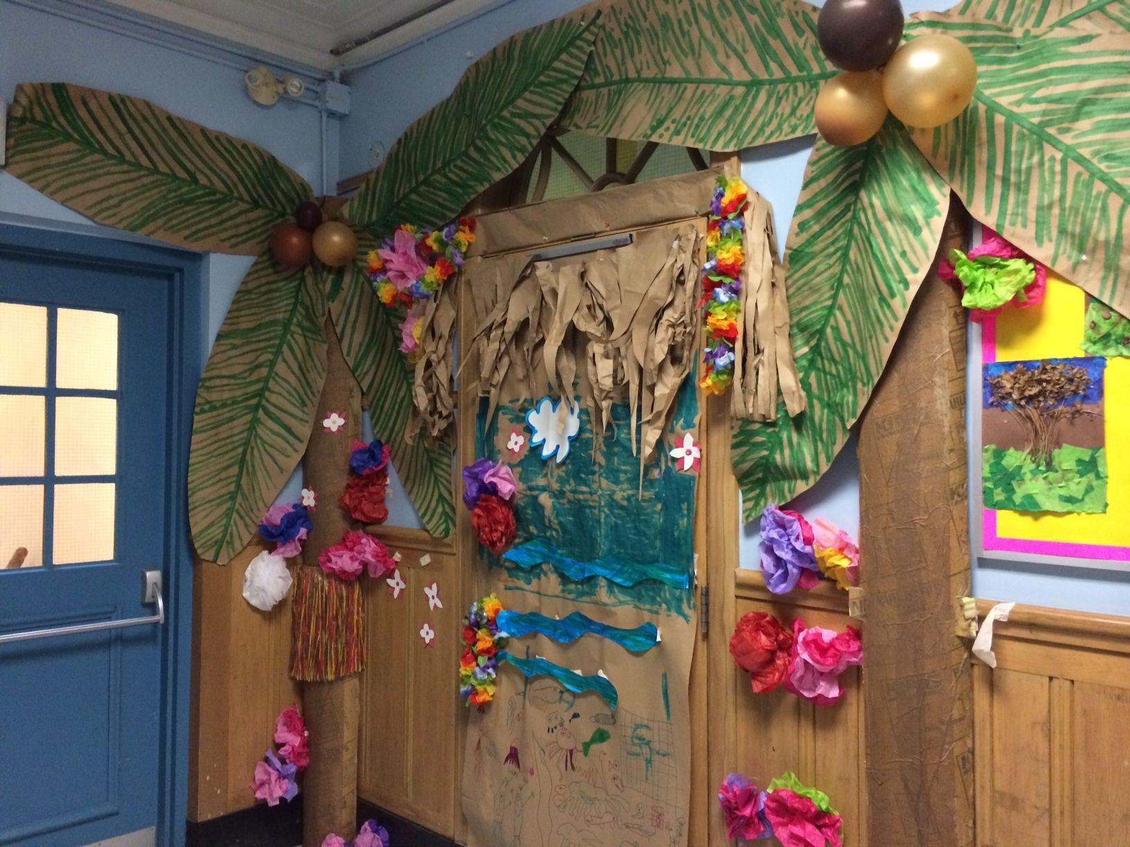 Awesome Hawaiian Themed Door Grade 1 2 Kindergarten