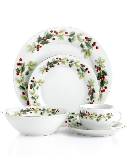 Gibson Dinnerware Holiday Classic 20 Piece Set Gibson Http Smile Amazon Com Dp B0042yxyp8 Ref Christmas Dishes Sets Christmas Tableware Christmas Dinnerware