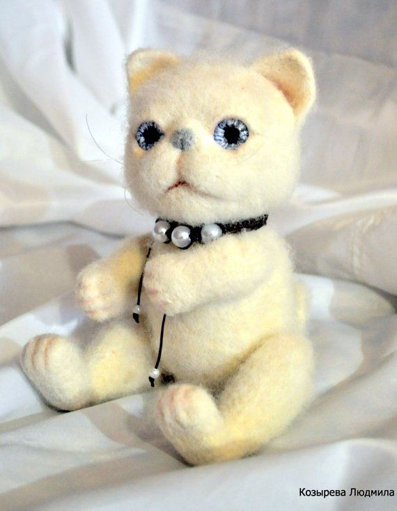 Cat.Kitten.Handmade toys. The cat is handmade.Cute by DollGifts