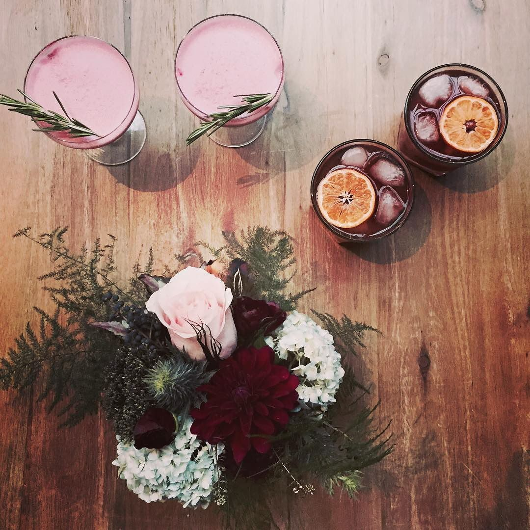 Thanks to @dottedevents for this shot of the signature #valcohol cocktails for today's 1930s styled wedding shoot. It's so much fun to brainstorm drinks to make weddings that much more personal (and delicious) and I'm so happy with how well these fit the color scheme. More photos and recipes to come! #craftcocktails #cocktailblogger #windycitybloggers #chicagococktails #signaturecocktails #ginfizz #oldfashioned #bartendersbible #imbibe by _valcohol
