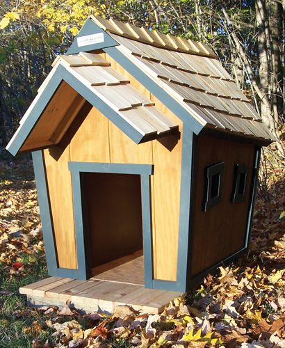 Crooked Doghouses Grande Dog Houses Crooked House Backyard