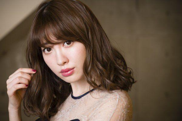 LINE BLOG 運営スタッフブログ 公式ブログ - 小嶋陽菜が明かす今